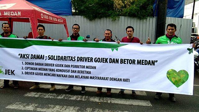 Aksi Damai : Solidaritas Driver Gojek dan Betor Medan