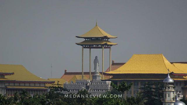 Vihara MKBC - Mahakaruna Budhist Center,  Medan
