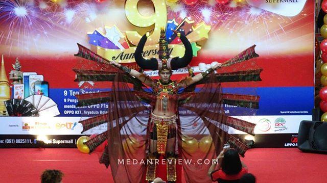 Binjai Supermall Menghadirkan Karnaval Baju Hias di Perayaan Ulang Tahun Ke-9