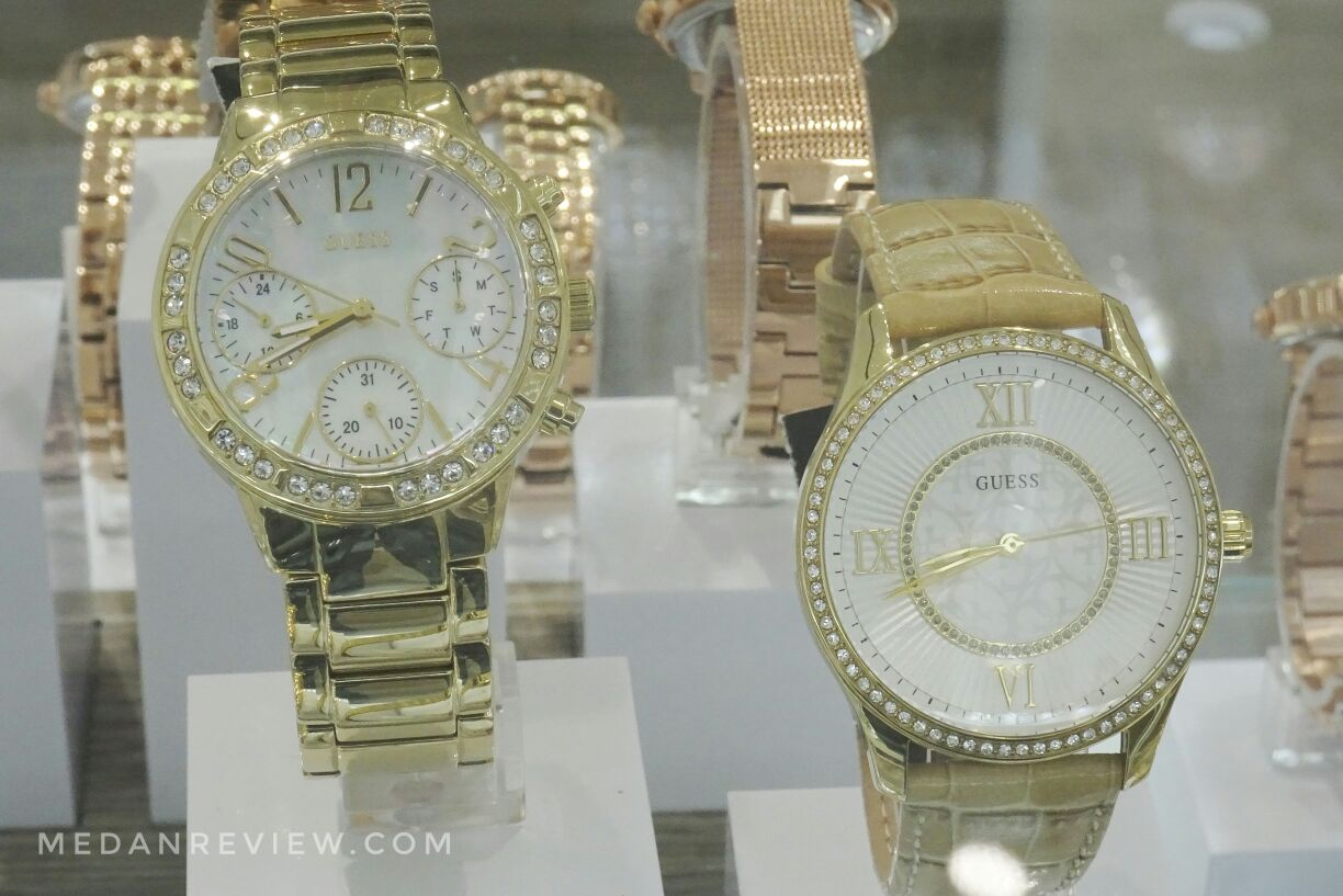 Koleksi Jam Tangan GUESS Accessories Mall Centre Point Medan
