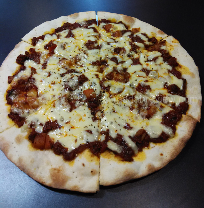 Beef Bolognese Pizza Thin (Regular)