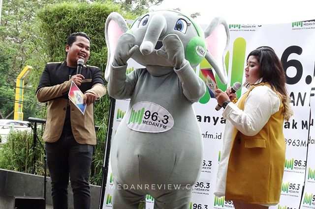Momo - Si Gajah Sumatera Maskot 96.3 Medan FM