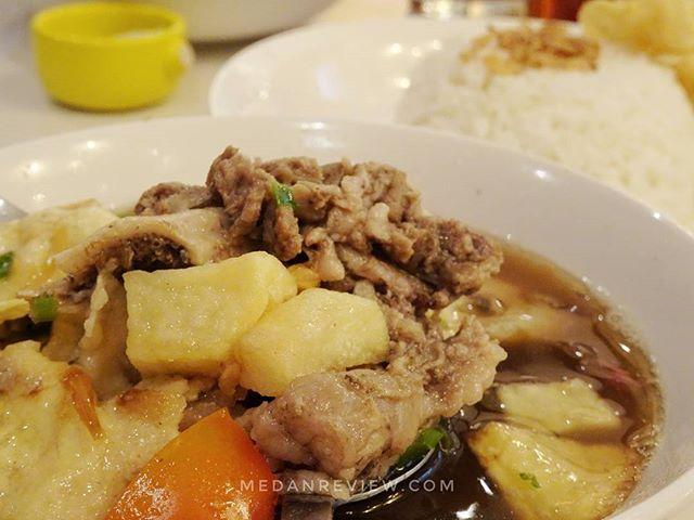 Chop Buntut Cak Yo Menghadirkan Hidangan Serba Sapi