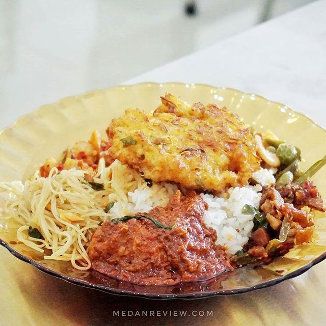 Dapoer TS Buka Rumah Makan di Kompleks Ruko Cemara (#2)