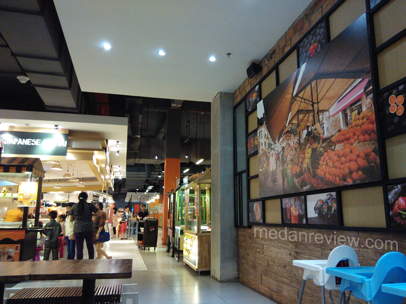 Eat and Eat Food Court at Centre Point Mall Medan