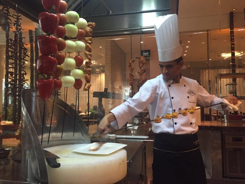 Sajian Istimewa India Autentik Hadir di JW Marriott Medan