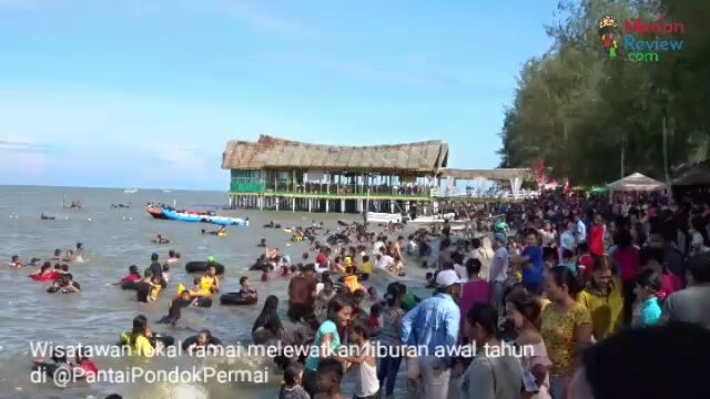 Libur Tahun Baru, Pantai Pondok Permai Diserbu Wisatawan Lokal