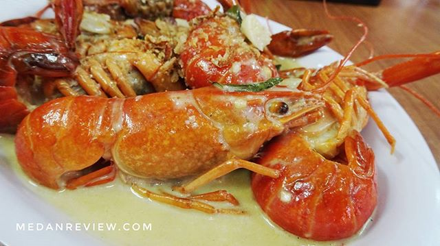 Red Capit : Baby Lobster Garlic Butter atau Andaliman ?